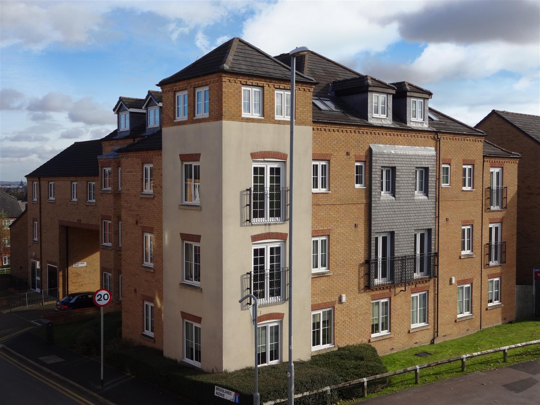 18 Broadlands Court - External.JPG